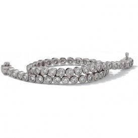 18 carat white gold diamond line bracelet, with 3.00 carats.