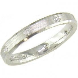 18ct White Gold and 8 Stone Diamond Wedding Ring 3mm