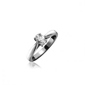 18ct White Gold Oval Shaped Single Stone Diamond Ring