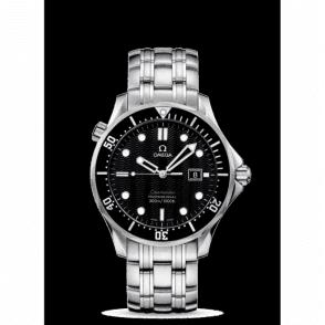 Gents steel Omega Seamaster Professional bracelet watch.