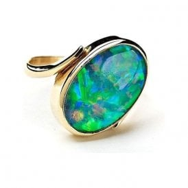 18ct Yellow Gold Leisha Design Opal Oval Twist Ring