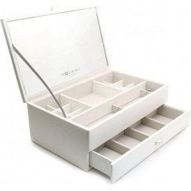 Limited edition whiteTrollbeads jewellery box. TZZUK-01679